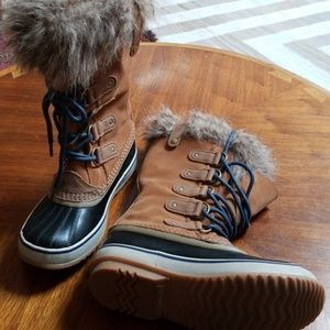 Sorel Joan of Arctic Snow Boots, size 7 NWOT